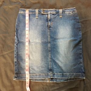 Motherhood Maternity Jean Skirt Size Small
